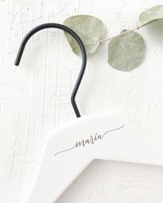 percha blanca nombre boda